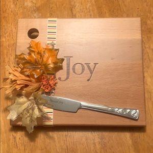 Lenox Spread Joy cutting board w/ spreading knife